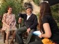 María Ascensión Bueno y Valeriano Puerta escuchan las preguntas de Elena Ferrándiz.